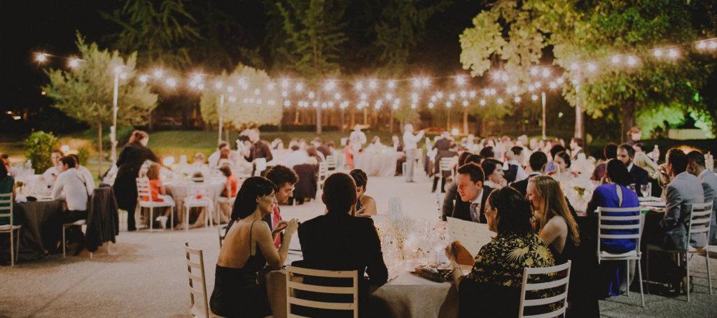 Las luces ideales para la boda en la playa