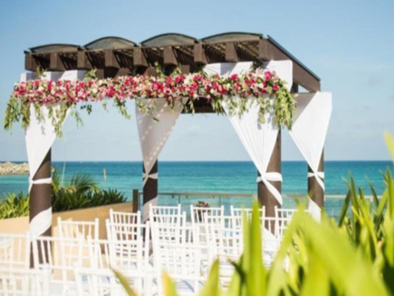Paquetes de bodas en la playa - decoración