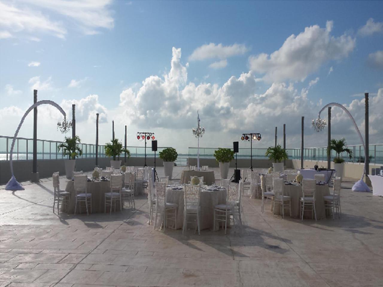 wedding Planner en Monterrey, Boda en la playa, Las mejores bodas en la playa en México -wedding Planner en Monterrey, Boda en la playa, Las mejores bodas en la playa en México - Paquete en cortesia (10 personas o más)