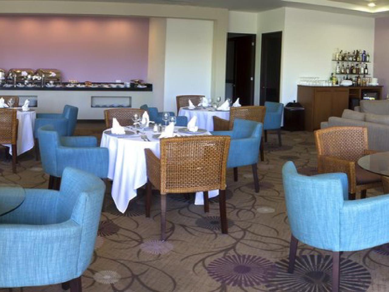 Bodas en la playa - restaurante hotel