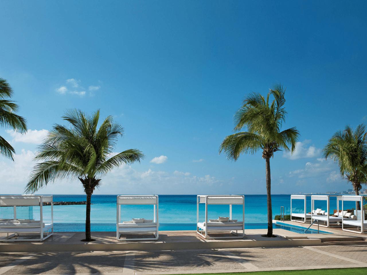 Bodas en la playa paquetes- palmeras y playa